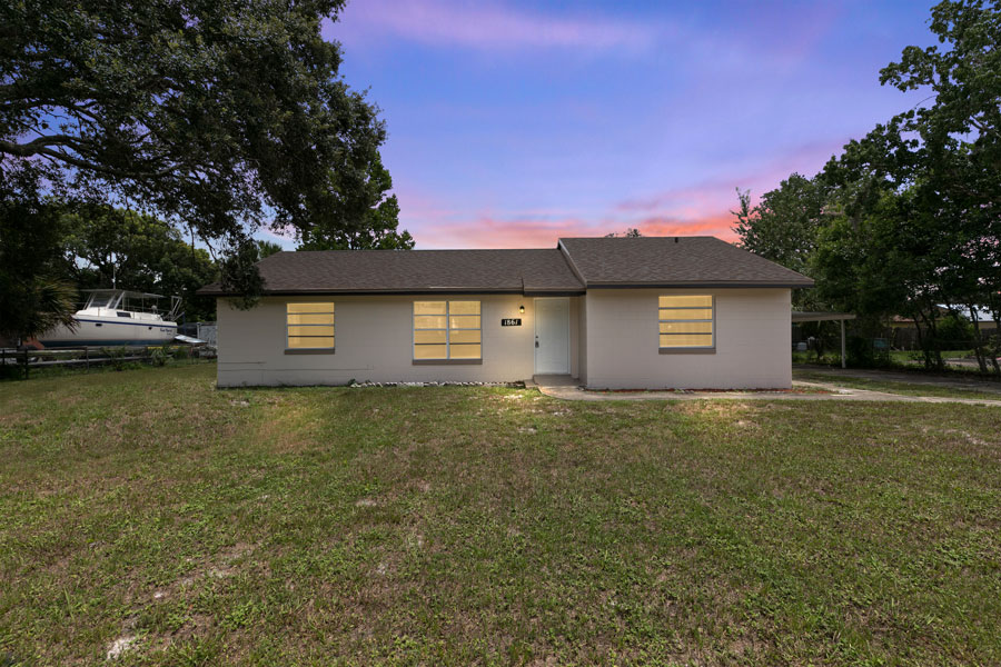 selling an old house in Florida